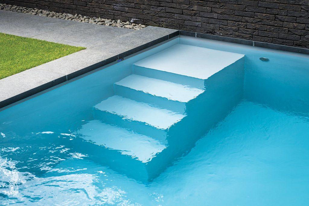 Polystone zwembad